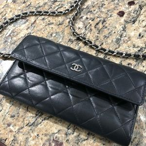 Chanel clutch/shoulder bag